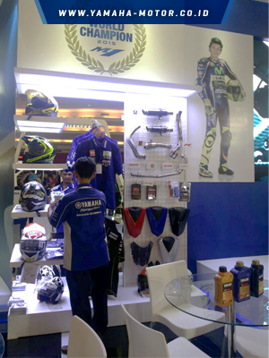 Apparel-accessories-corner-Yamaha_2_