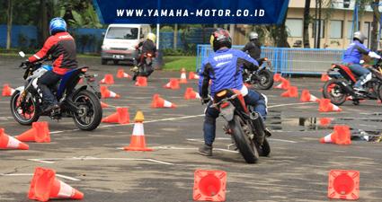 RTEmagicC_Test-ride-Yamaha-Xabre-di-Sentul-International-Karting-Circuit1.jpg